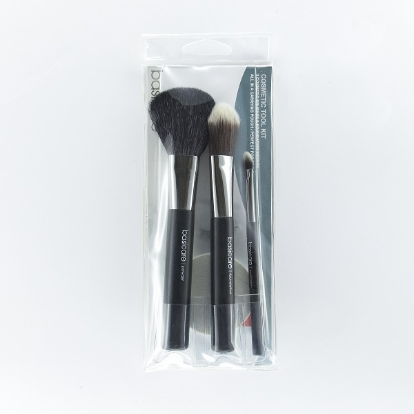 Basicare 1660 Cosmetic Tool Kit 3 Cosmetic Brushes & Foundation Sponge - in Sri Lanka