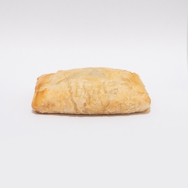 Egg & Bacon Puff Roll - GLOMARK - Savoury - in Sri Lanka